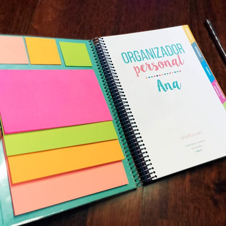 organizador con post it