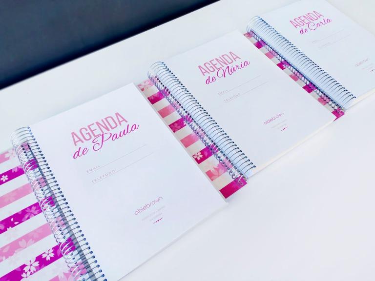 agendas rosas personalizadas